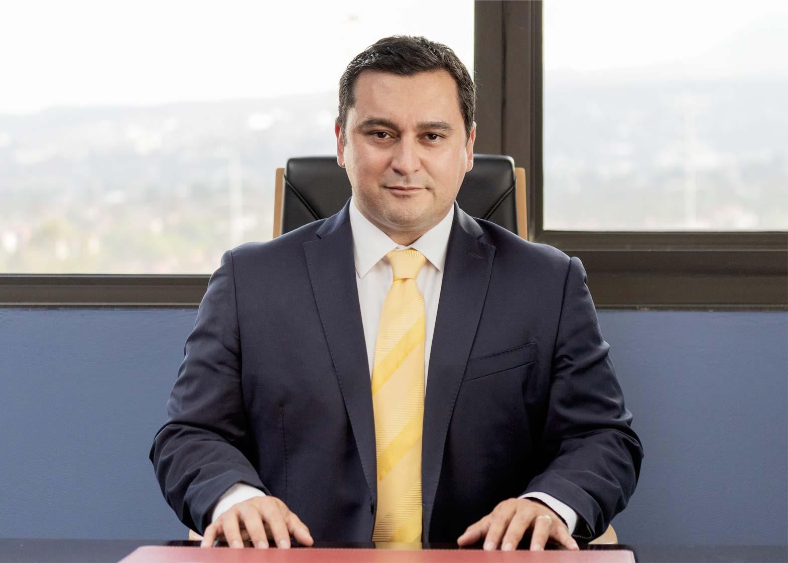 Especialista - Dr. Agustín Dorantes
